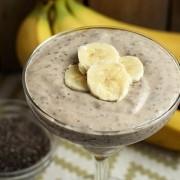 Бананов крем с овес и чиа семена.